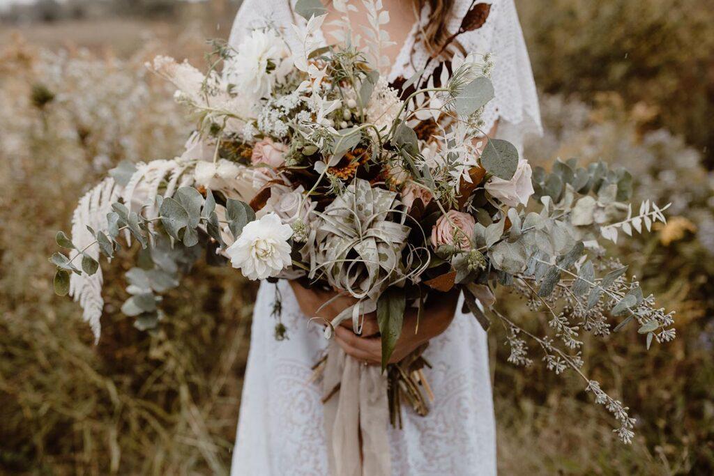 dry-flowers-for-weddings